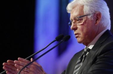 Moreira Franco quer fechar acordo de ferrovia com a Vale