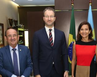 Ceará e Suécia discutem parcerias para desenvolvimento social e econômico do Estado
