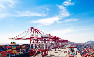 Chinese cities swim toward free trade ports