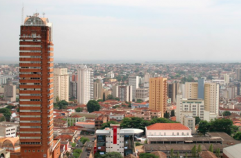 Prefeito Paulo Piau de Uberaba insiste no aeroporto, ZPE e gasoduto em seu pronunciamento
