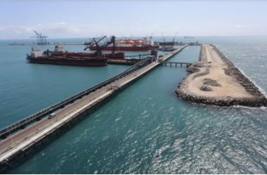 Formalização de parceria entre Pecém e Roterdã entra em fase final
