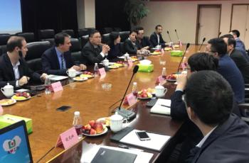 Governador Camilo Santana discute parcerias com maior empresa de infraestrutura da China